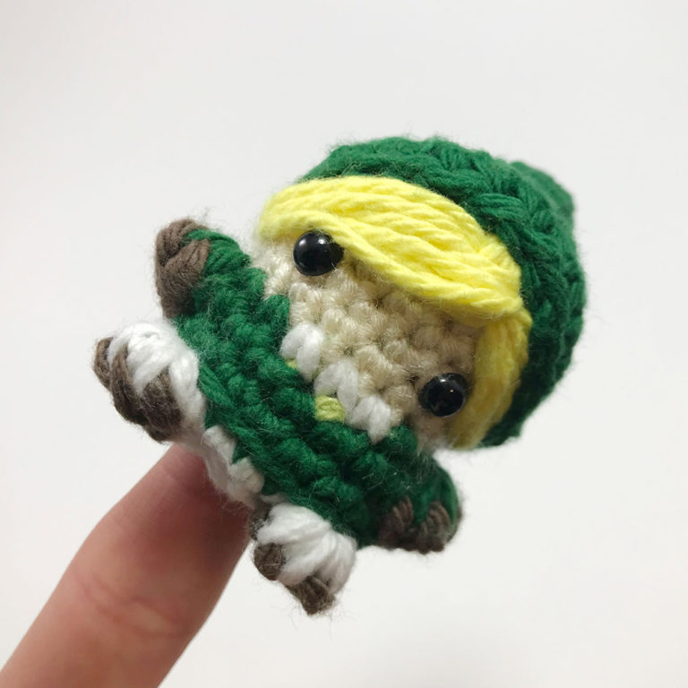 LinkSquare_0001_Link_fingerpuppet