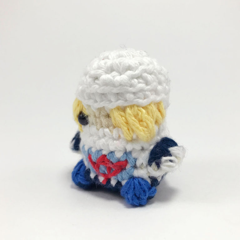 SquareWithTagTemplate_0002_3-Sheik-Crocheted