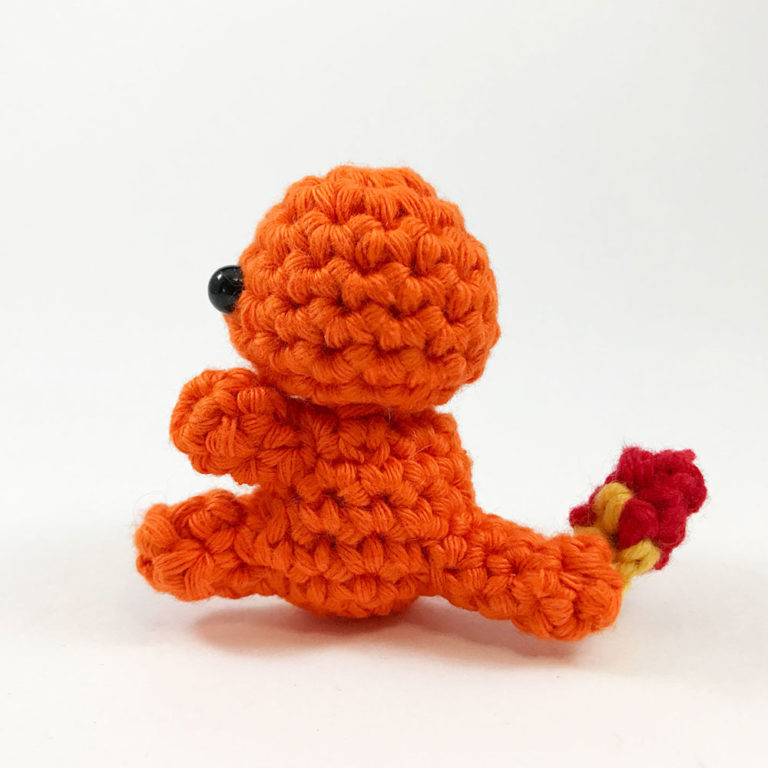 Pokémon Charmander tejido a crochet o ganchillo - YouTube | 768x768