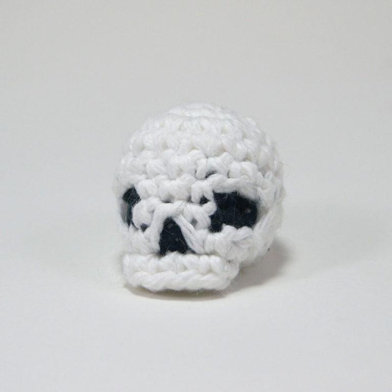 2_crochetedskull_square