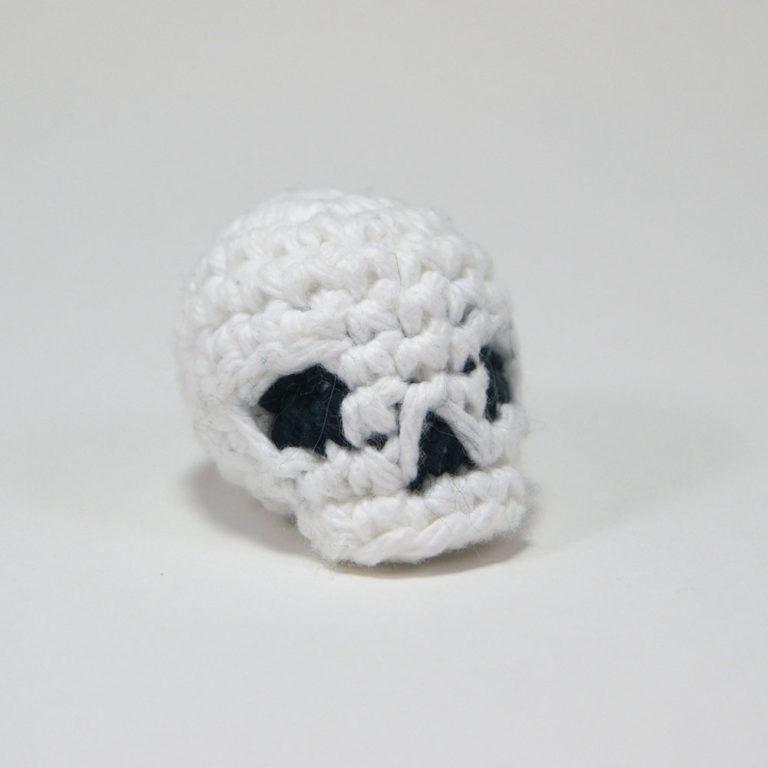 3_crochetedskull_square