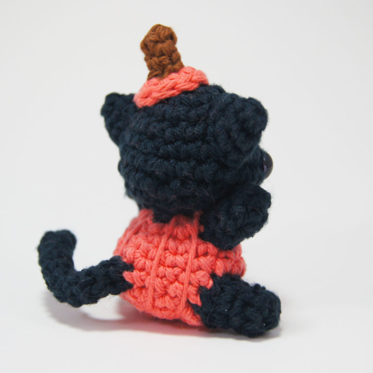 crocheted pumpkin cat_4