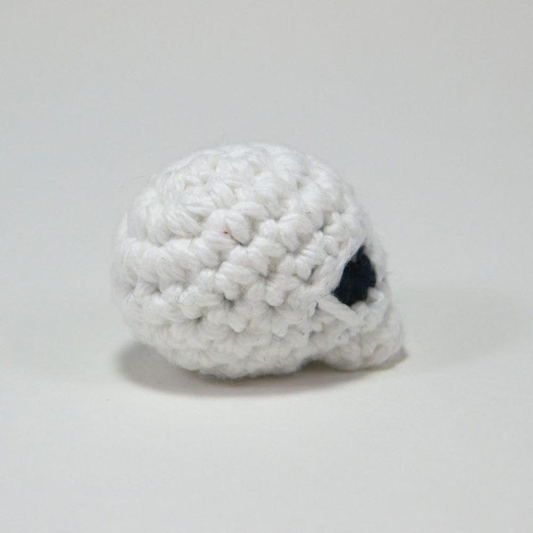 4_crochetedskull_square