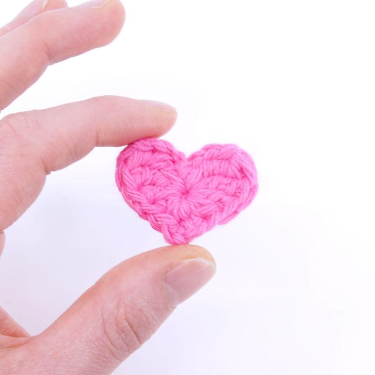 03_Mini-Hearts_square